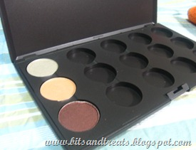MAC palette with 3 eyeshadows
