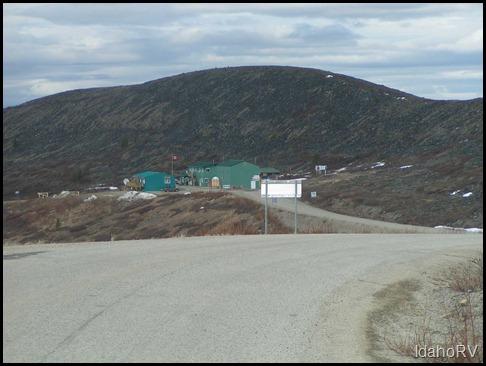 Alaska-Border-Crossing