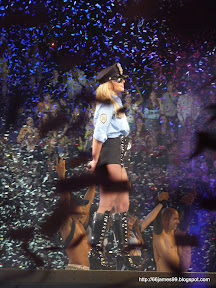 Britney amongst the ticker tape fanilly