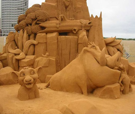 lion-king-sand-sculpture