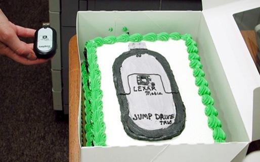 jumpdrive-cake
