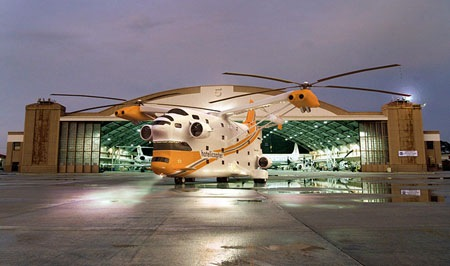 hotelicopter-worlds-first-flying-hotel7