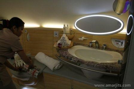 Emirates-Airlines-A380-amarjits-com (15)