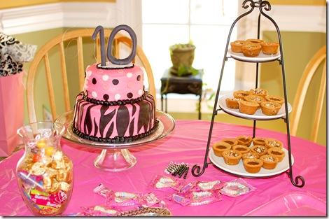 yasmine's cake (1 of 1)