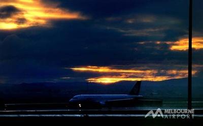 Aircraft%201-b903427e-3313-4b78-83f1-2b171e6e679b-0-530x330