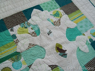 Finished quilt close up 1
