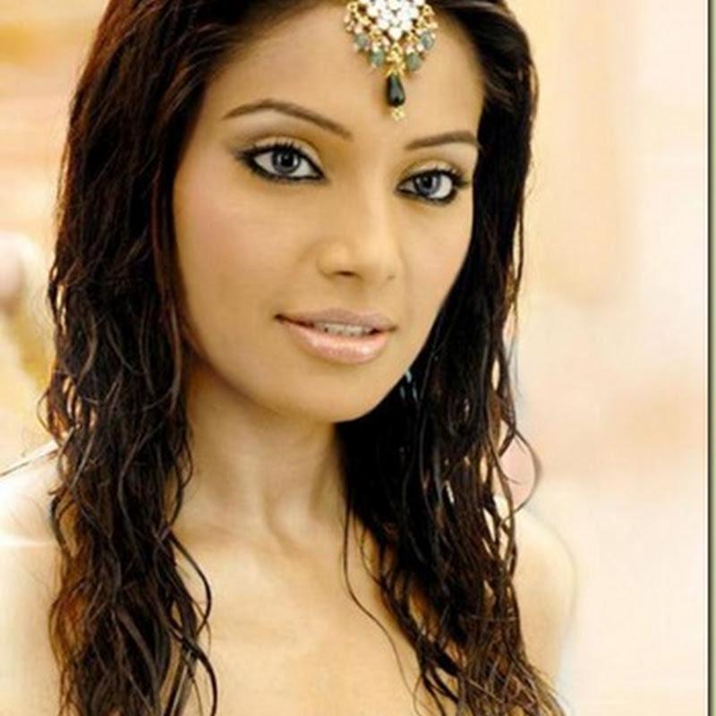 SRK to launch Bipasha on TV