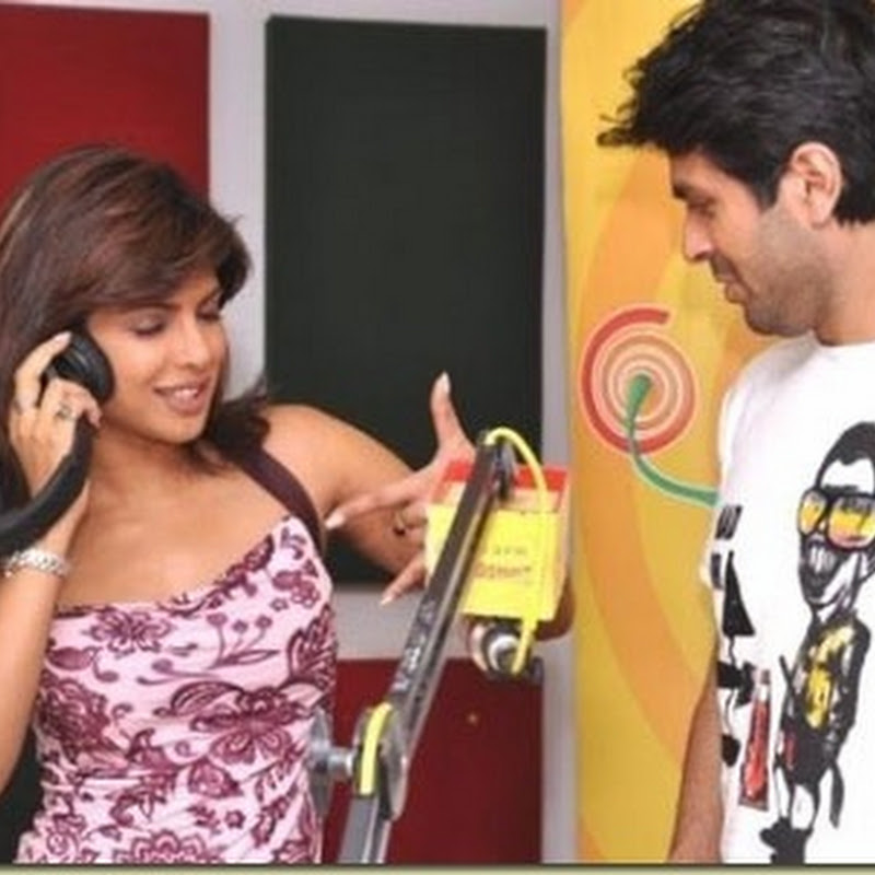 Priyanka and Harman promote their film on Radio Mirchi