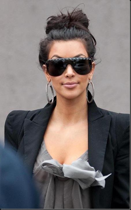 kim-kardashian-031610-5
