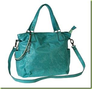 06- Nina Ro Azul, material rendado pérola e corrente