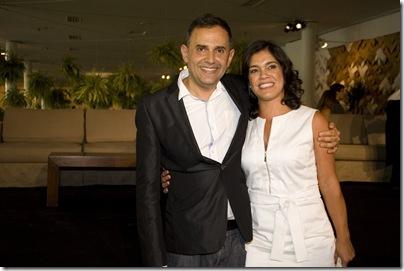 {C124EABE-2457-45E1-A654-2D6AB981D86B}_Paulo_Borges_e_Andrea_Mota_Diretora_de_Marketing_e_Vendas_do_Boticário