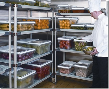 Caixa para alimentos em cozinha industrial