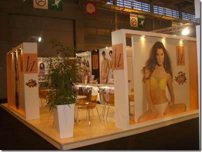 Liz-Salon Paris 2011 011