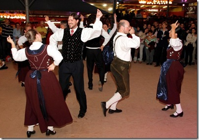 10_03_11_Festa da Colônia_ Apresentação do Grupo de Danças Folclóricas Alemãs ACG. Foto Cleiton Thiele/SerraPress