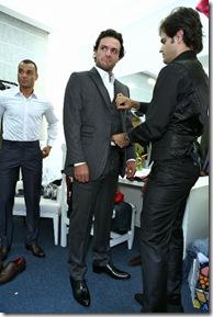 Camargo veste Rodrigo Lombardi para o desfile inverno 2011 Camargo Alfaiataria - Backstage Camargo 068