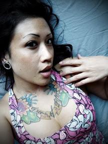 ray drew blog 39 s jessica biel shall like julie hwang tattoo design. Black Bedroom Furniture Sets. Home Design Ideas