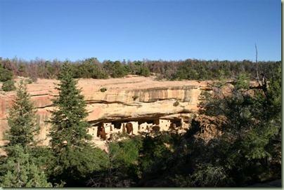 46 - En toen door naar de oude indianenwoningen in Mesa Verde