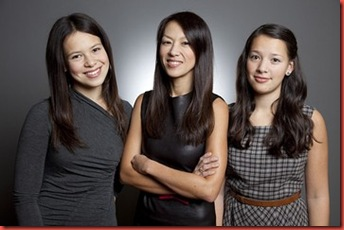 Amy-Chua-and-daughters