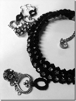 black tatted necklace (3)