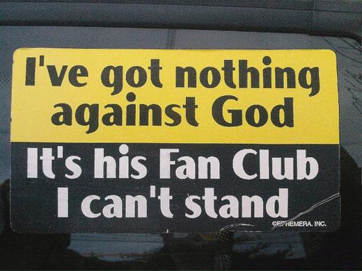 O Clube de Fãs de Deus está a ficar mal na fotografia...