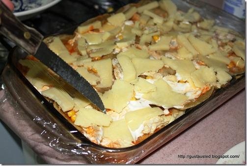 Ultima capa con queso y crema Puedes poner  salsa