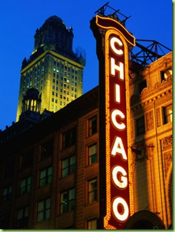 BN14726_22~Chicago-Theatre-Facade-and-Illuminated-Sign-Chicago-United-States-of-America-Posters