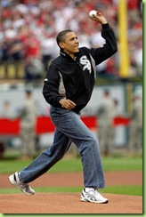 President Barack Obama Throws Out First Pitch Tu8SIxNQCQDl