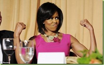 michelle-obama-biceps-flex