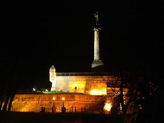 Imagini Serbia: Monumentul Victoriei Kalemegdan Belgrad
