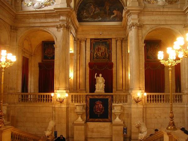 Obiective turistice Spania: Palat Regal, Madrid