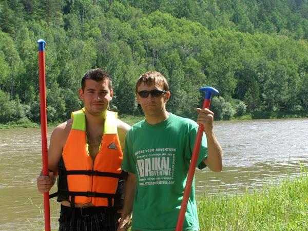Imagini Rusia: rafting pe lacul Baikal