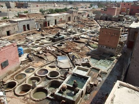 Imagini Maroc: tanneries.JPG