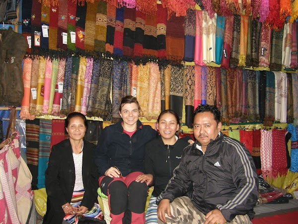 Imagini India: bazarul tibetan din Delhi