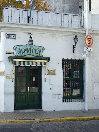 Obiective turistice Argentina: In San Telmo, cea mai celebra pravalie din Baires.JPG
