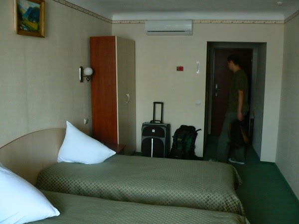 Imagini Ucraina: hotel Bukovina, Bucovina, Cernauti camera.JPG