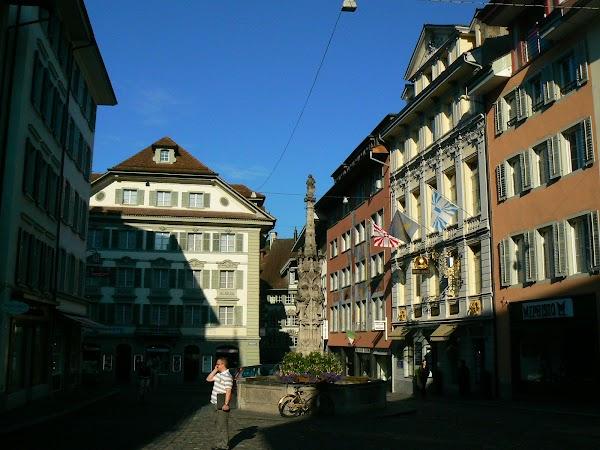 Obiective turistice Elvetia: orasul vechi Lucerna.JPG