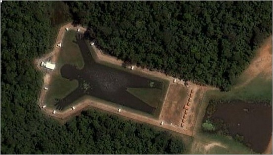 most-bizarrely-shaped-lakes-and-rivers04