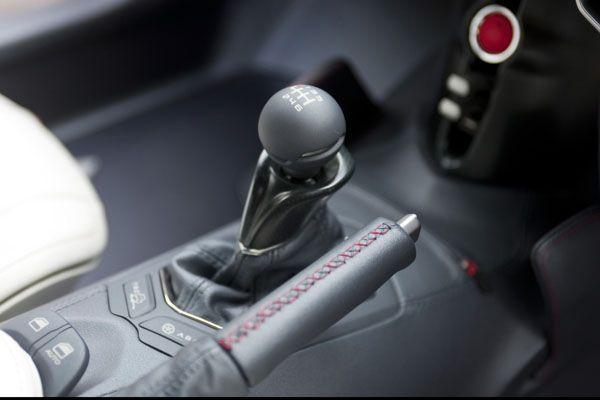 Toyota FT-86 Concept Gear knob