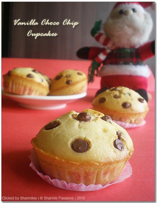 Eggless Vanilla Chocolate Chips Cupcakes Recipe