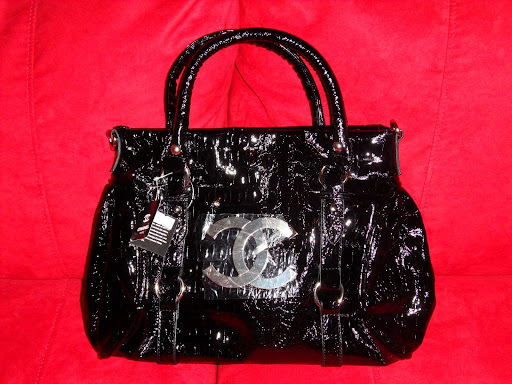 Veneto Style #1343 Champagne Handbag: Handbags ShoeOcean Veneto Style # 2782 Black Handbag: Handbags ShoeOcean Veneto Style # 2782 Green Handbag: Handbags ShoeOcean