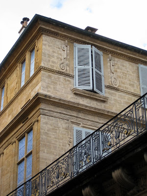 Pretty building in Aix en Provence