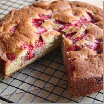 strawberry-buttermilk-cakesmall