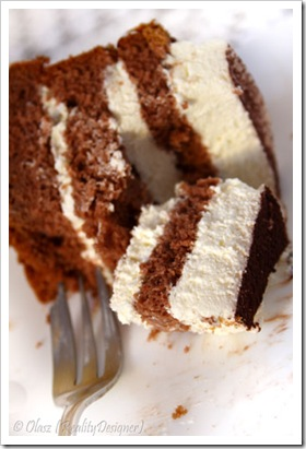 Szybki i łatwy tort z bitą śmietaną