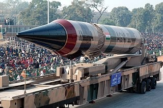 Nulear-capable Agni Ballistic Missile Wallpaper [Agni 3]