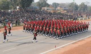 20110313-Indian-Soldier-March-past-Wallpapers-24-TN