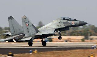Русские Су-30 самолет стола