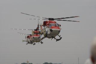 20110309-IAF-Sarang-Helicopter-Wallpaper-08-TN