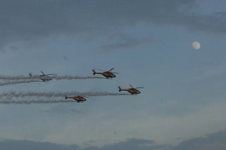 20110309-IAF-Sarang-Helicopter-Wallpaper-10-TN