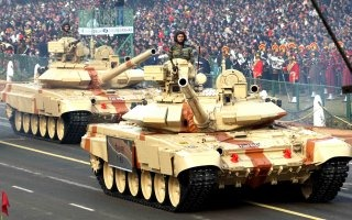 20110305-Indian-Army-Main-Battle-Tank-T-90-Wallpaper-04-TN