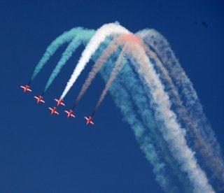 20110305-Indian-Air-Force-Surya-Kiran-Aerobatics-Wallpaper-04-TN